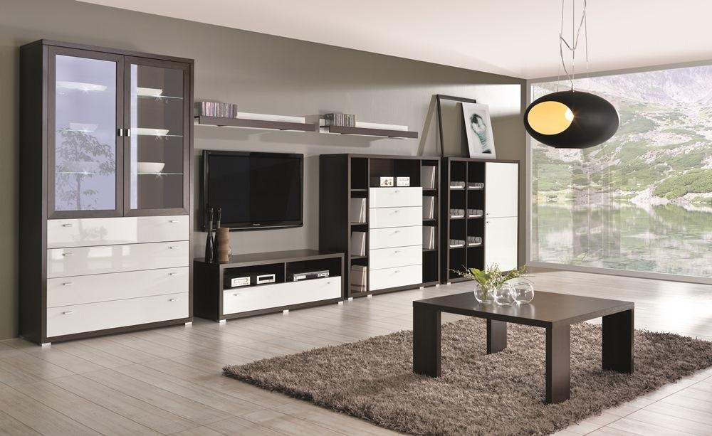obývacia stena tmavé drevo a lesklá biela