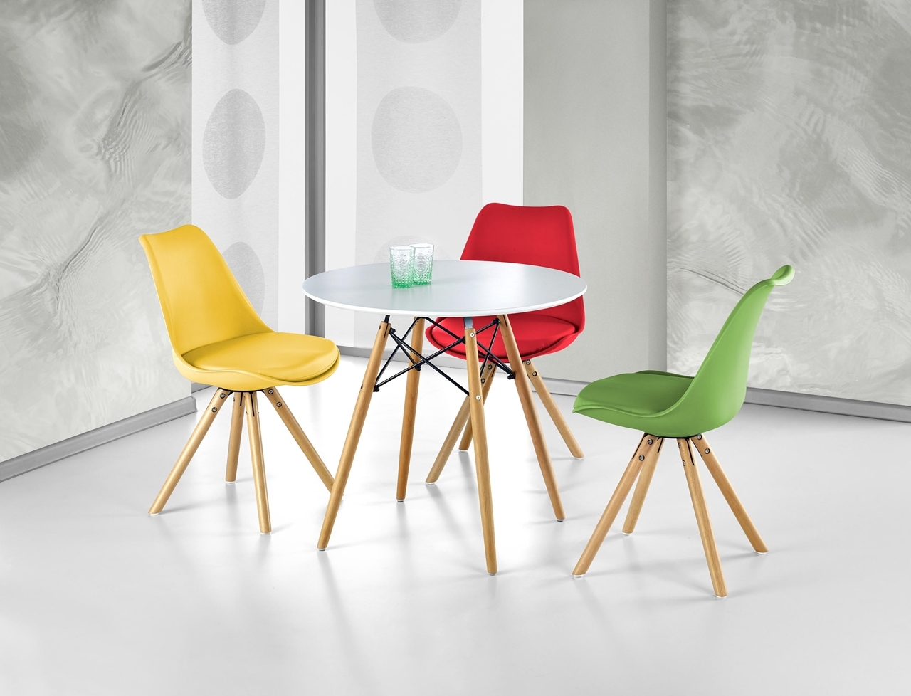 ilustračné foto so stolom prometheus - Stolička K201